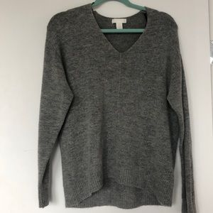 H&M slouchy and soft v-neck gray sweater